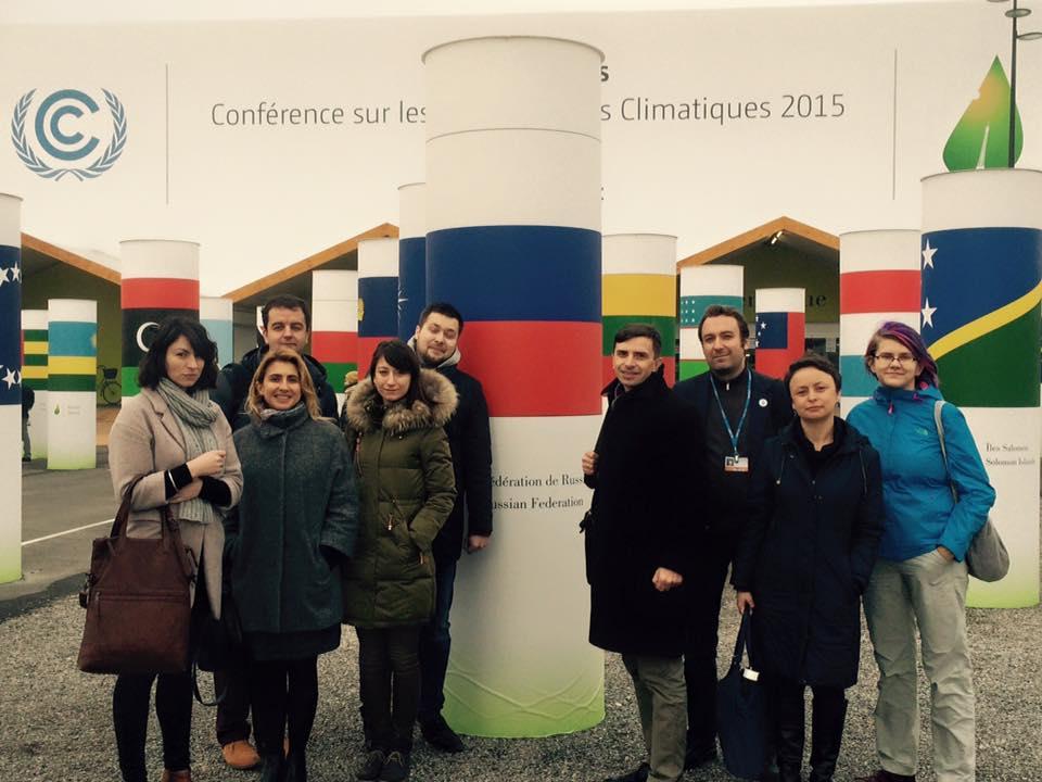 Ангелина Давыдова приняла участие в поездке для журналистов из России на климатическую конференцию ООН прошедшую с 30 ноября по 12 декабря 2015 г. в Париже